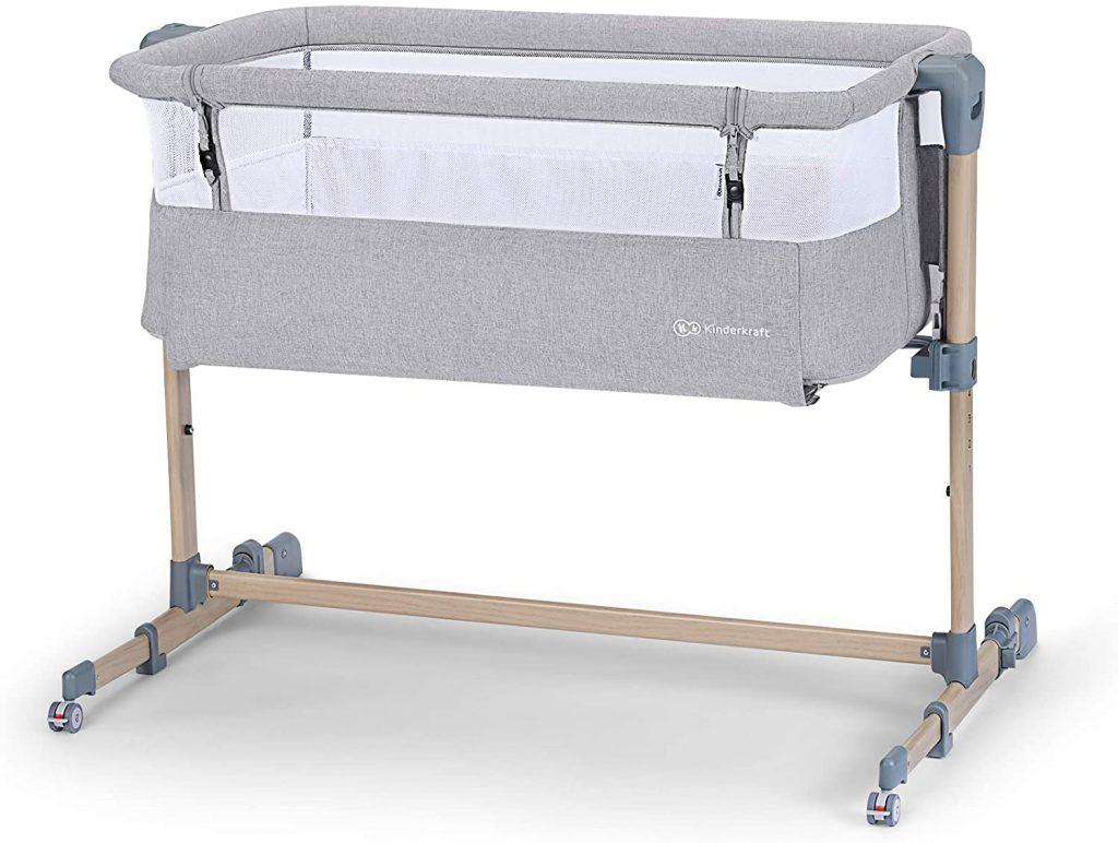 Le lit cododo Kinderkraft Neste Air est moderne.